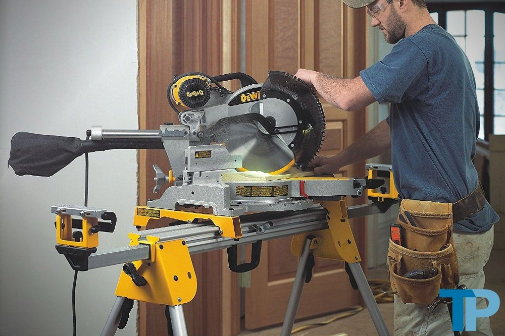 Best Compound Miter Saws 2018 Buying Guide And Top 12