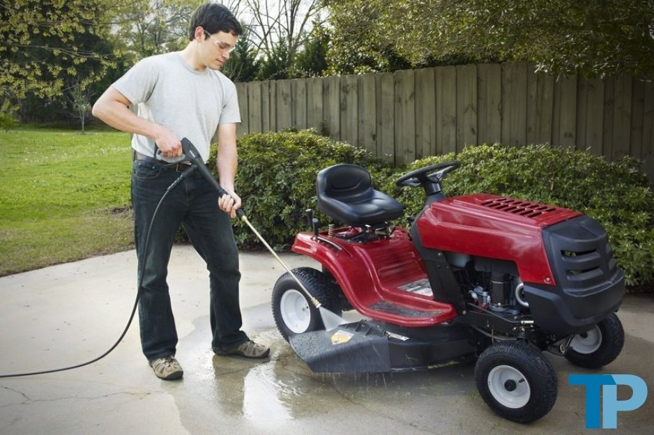 Gas Pressure Washers and Power Washers