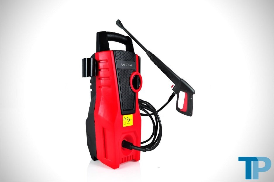Low-Flow Pressure Washers Pairing Cleaning Power with Water Efficiency