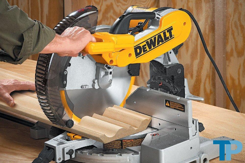 DEWALT DW716 15 Amp 12-Inch Double-Bevel Compound Miter Saw Test
