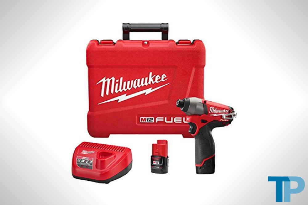 Milwaukee M12 FUEL 12-Volt Cordless Impact Driver Kit
