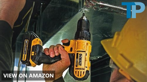 Dewalt DCD777C2 vs Dewalt DCD780C2: Compact Drill Comparison
