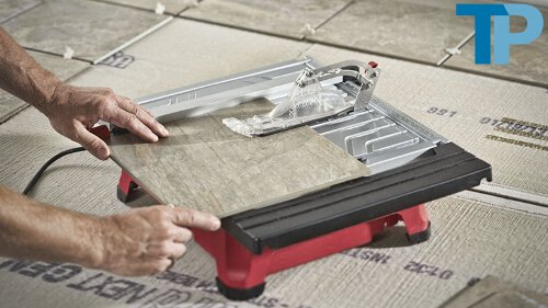 Can you use a wet saw to cut glass tiles?