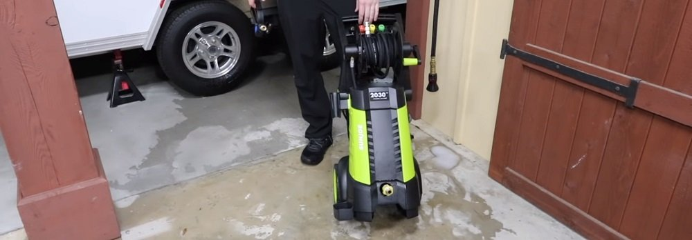 Sun Joe SPX3001 vs SPX3000: Electric Pressure Washer Comparison
