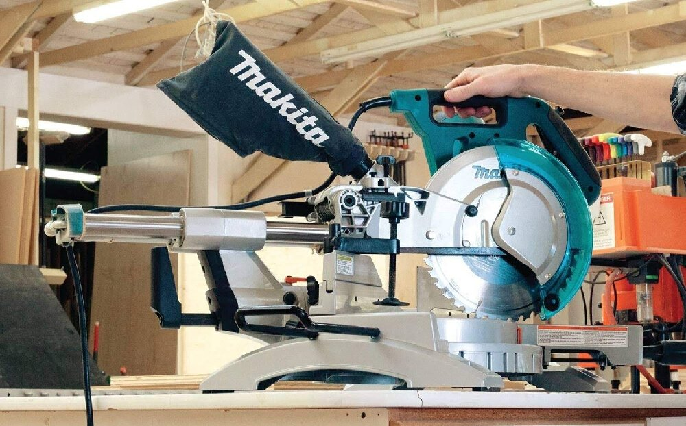 What is the difference between a chop saw and a miter saw?