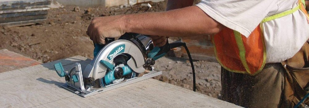 Circular Saw versus Reciprocating Saw