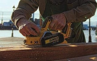 Hand Planer vs Bench Planer How to Use Them