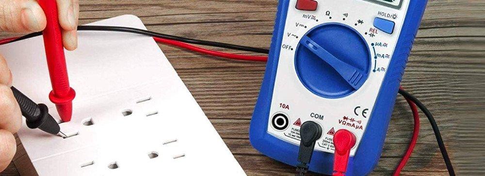 Voltmeter vs Multimeter