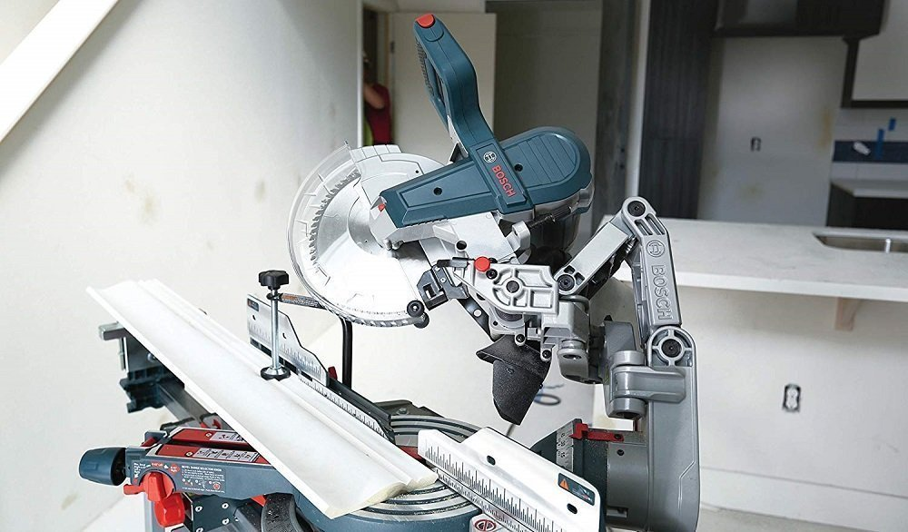 Bosch CM10GDe Compact Miter Saw
