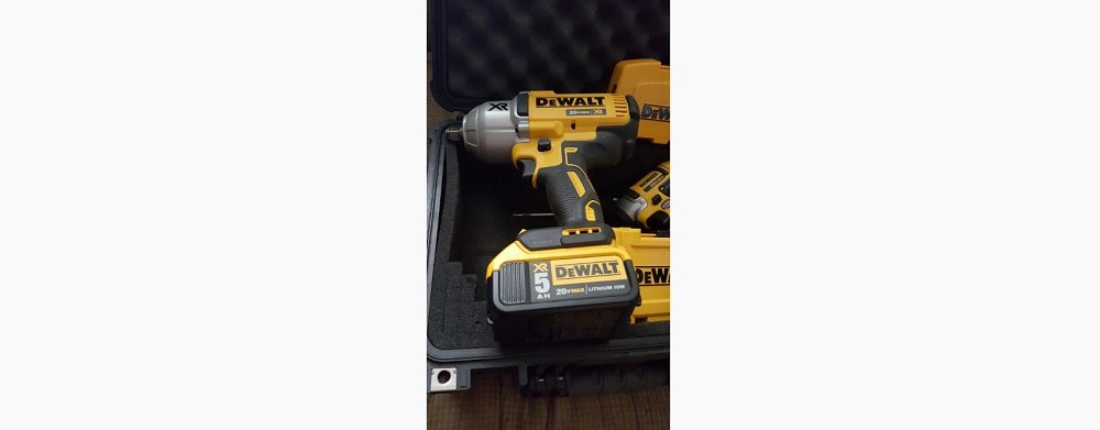 DEWALT DCF899HB 20v MAX XR Brushless Impact Wrench