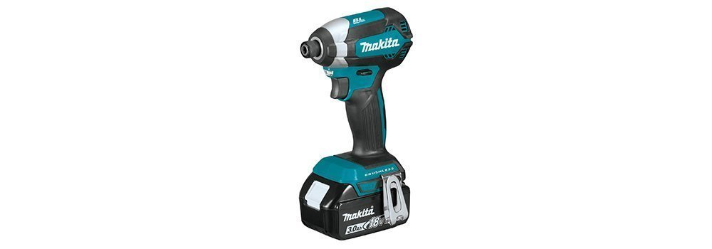 Makita XDT131 18V LXT Lithium-Ion Impact Driver Kit