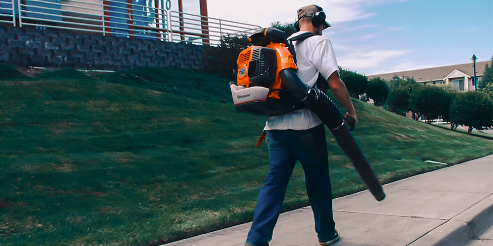 Best Gas Backpack Leaf Blowers